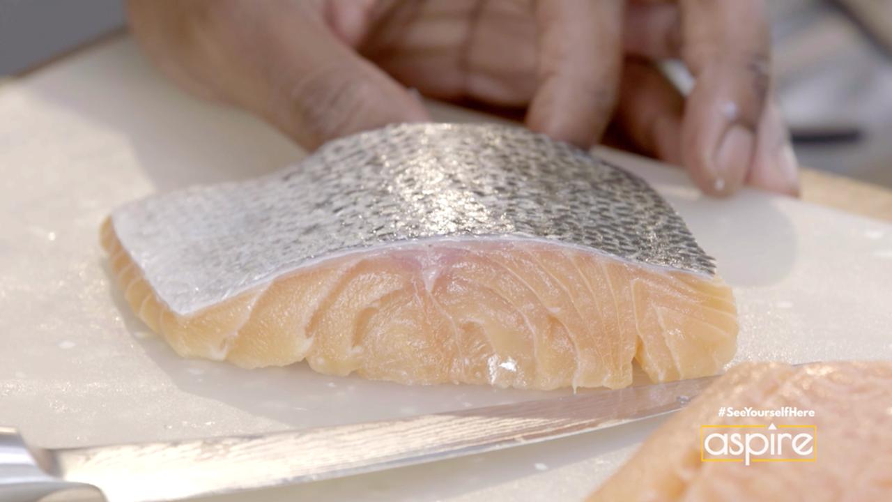 Butter + Brown Quick Tip: Scoring Fish Skin